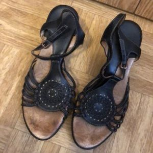 8 m women's Sofft leather black strap wedges EUC